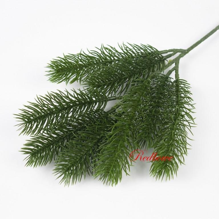 Ветка елки зеленая хвоя малая П447