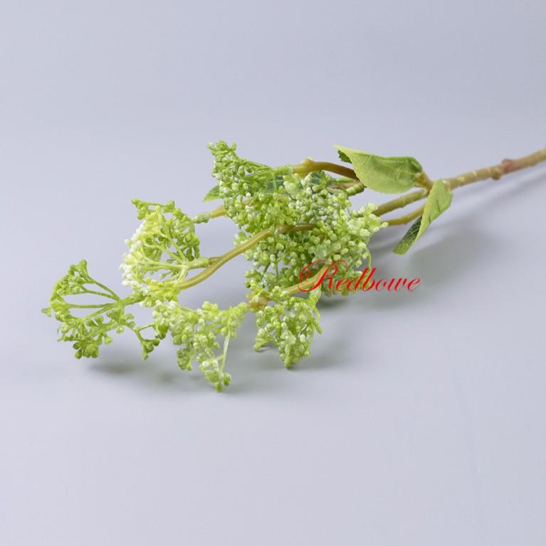 Ветка с зелеными ягодами Б412
